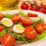 Употребление овощей вместе с яйцами повышает усвоение антиоксидантов